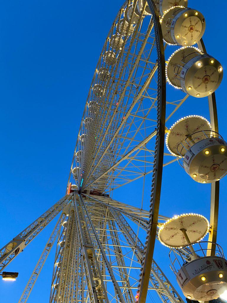 silver Ferris Wheel