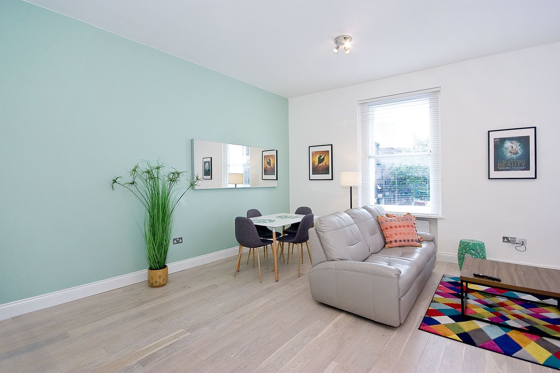 Serviced accommodation in a central location in London suitable for families with children