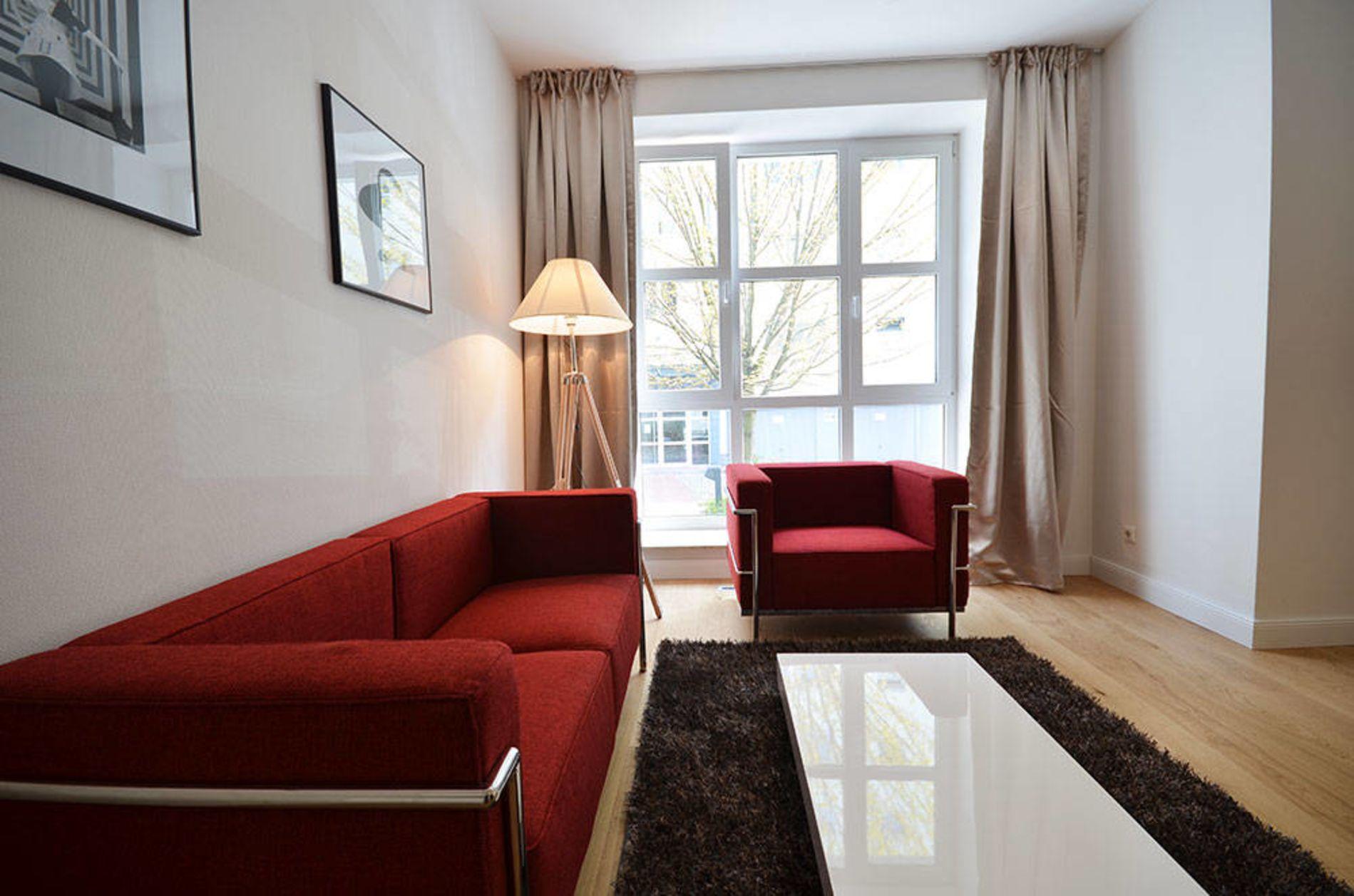 Instant bookable premium 1 bedroom serviced accommodation in Frankfurt Green Belt