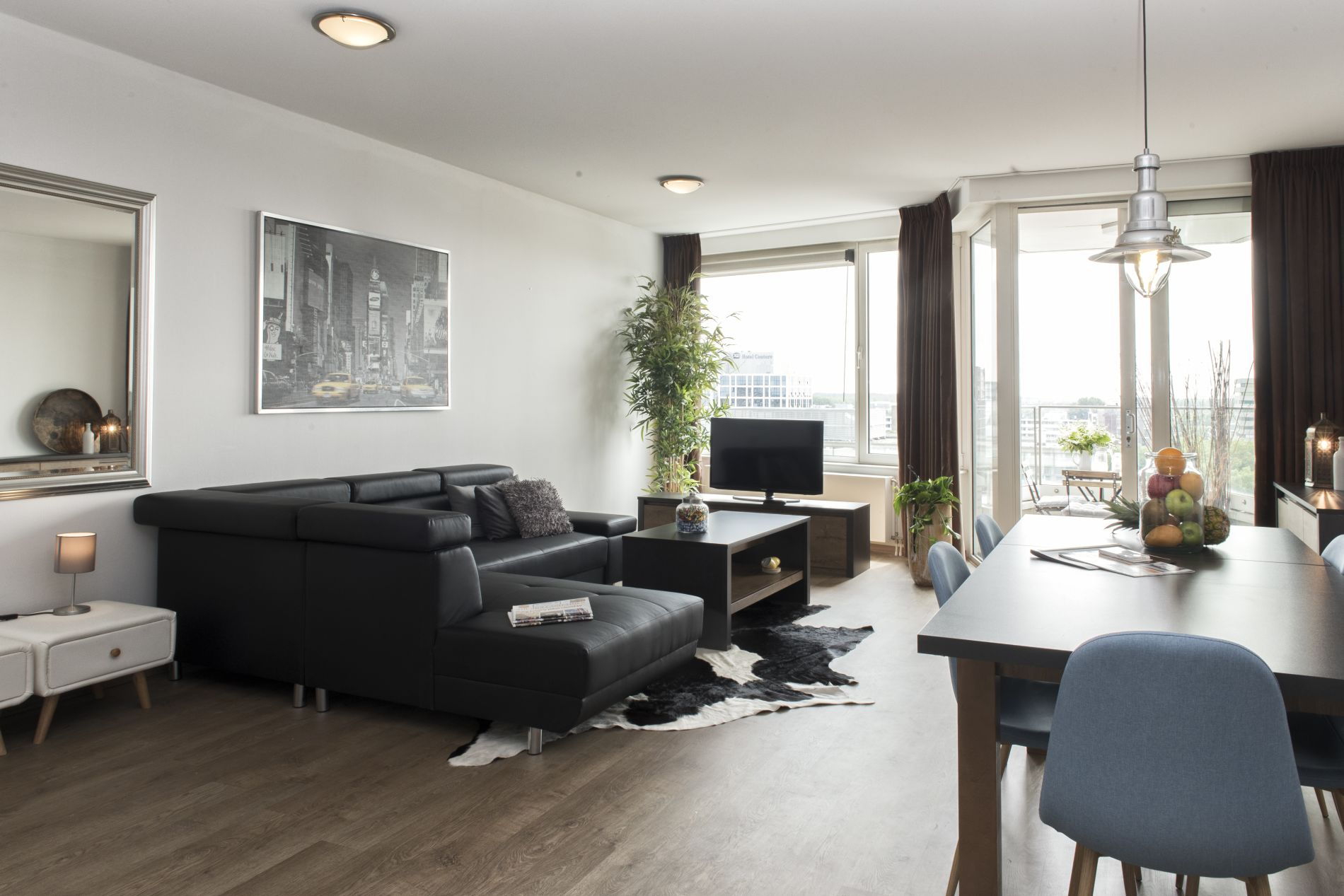 Serviced apartment that allows pets in Amsterdam