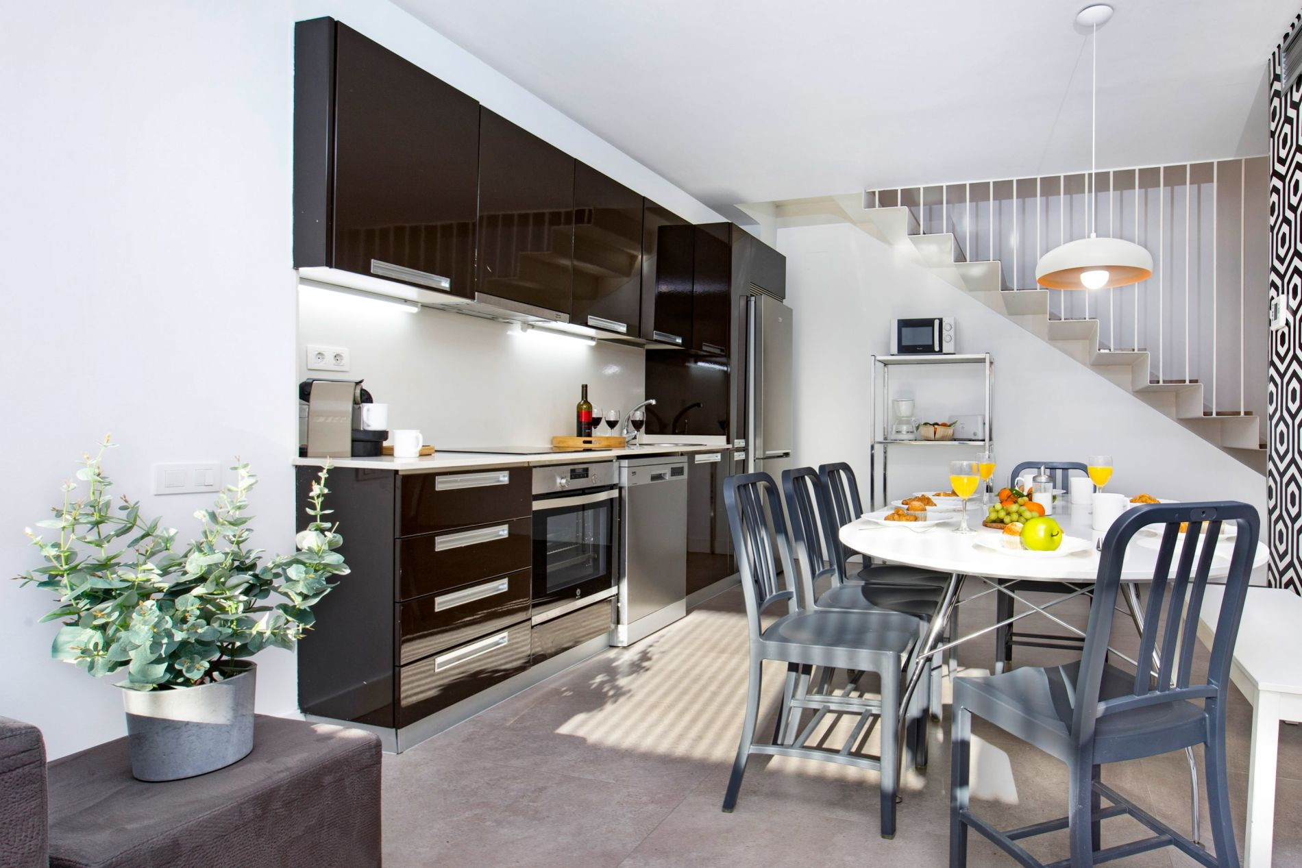 Rooftop serviced apartment in Barcelona that allows pets