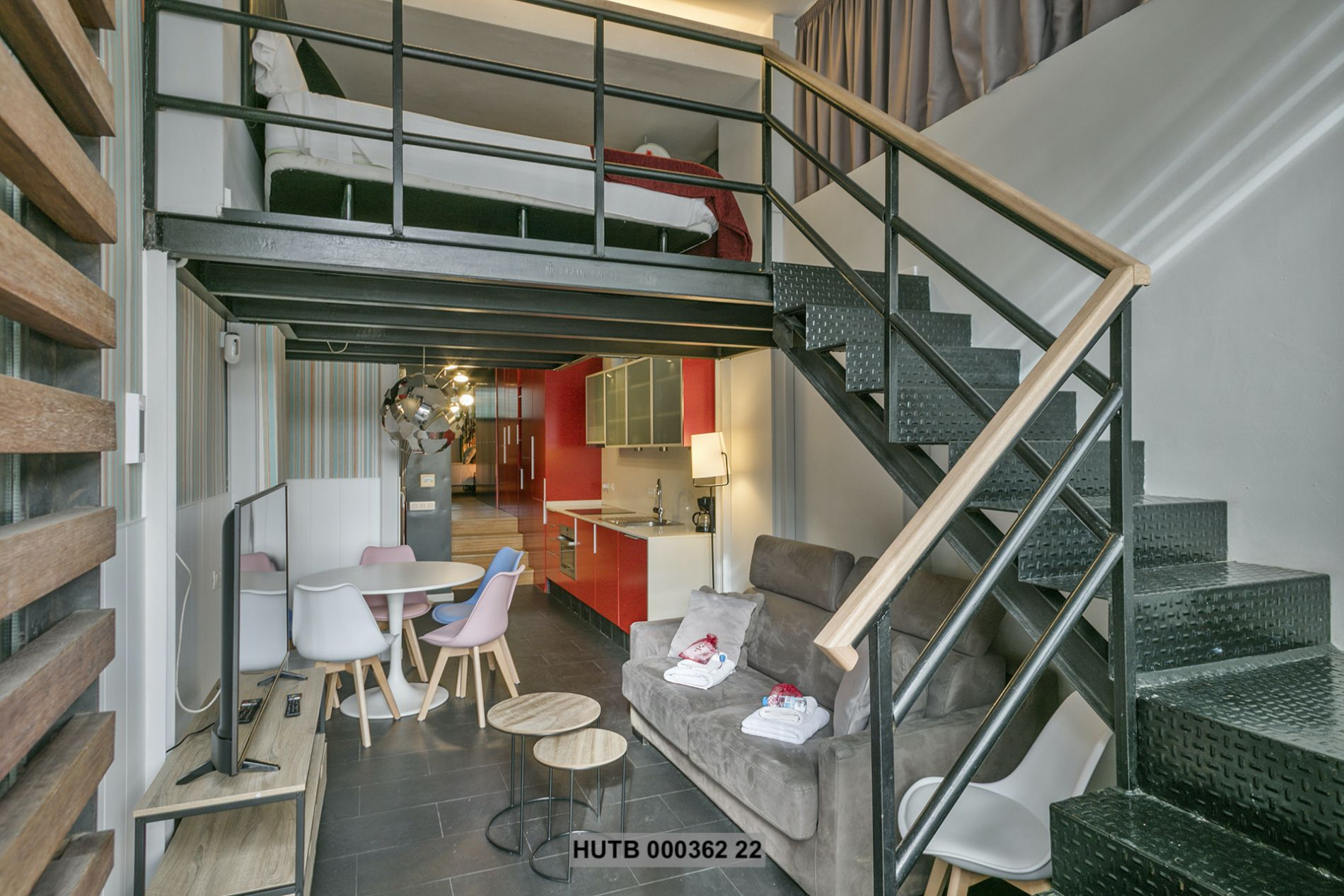 Serviced apartment that allows pets next to FC Field Barcelona