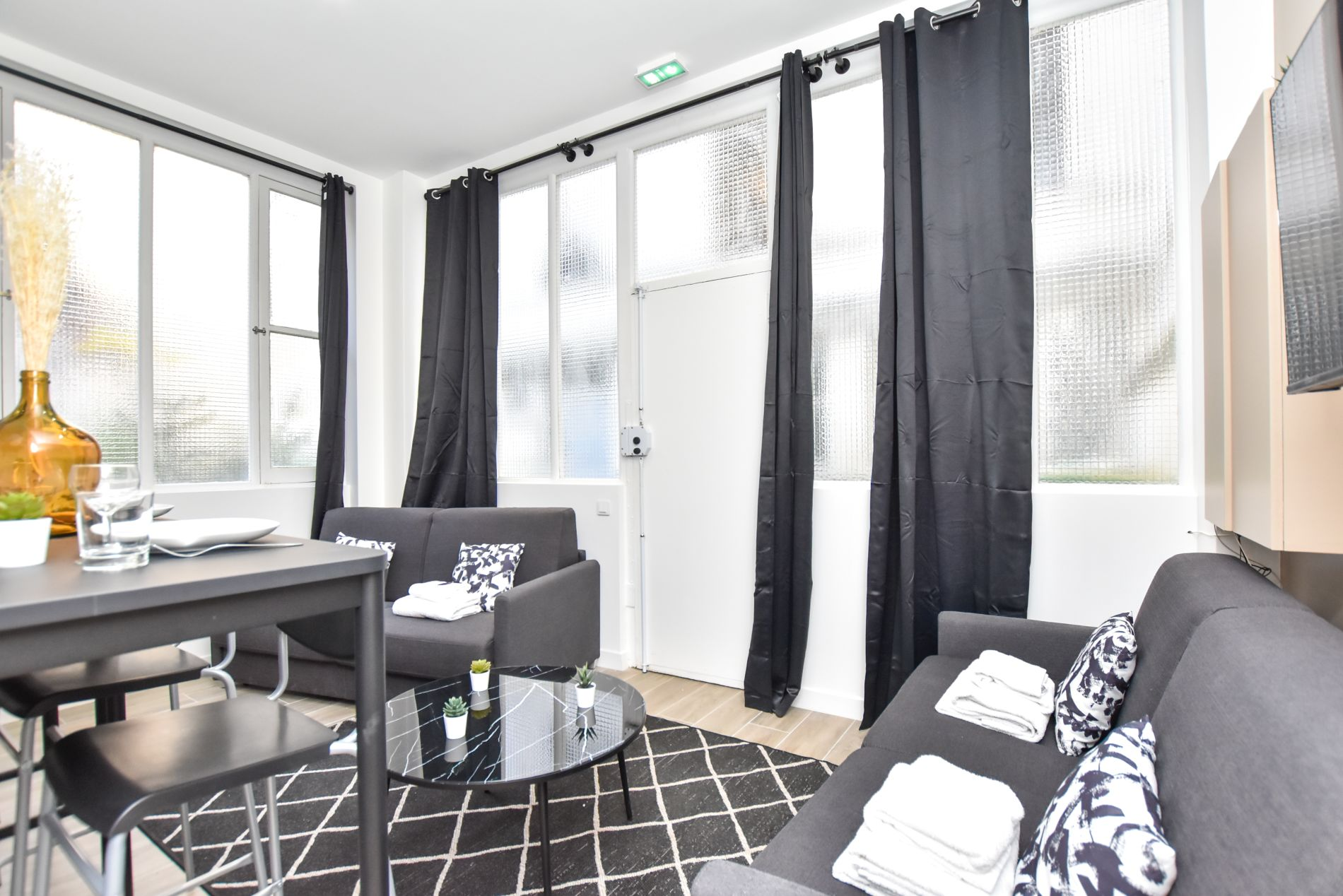 Beautiful serviced flat in Bastille