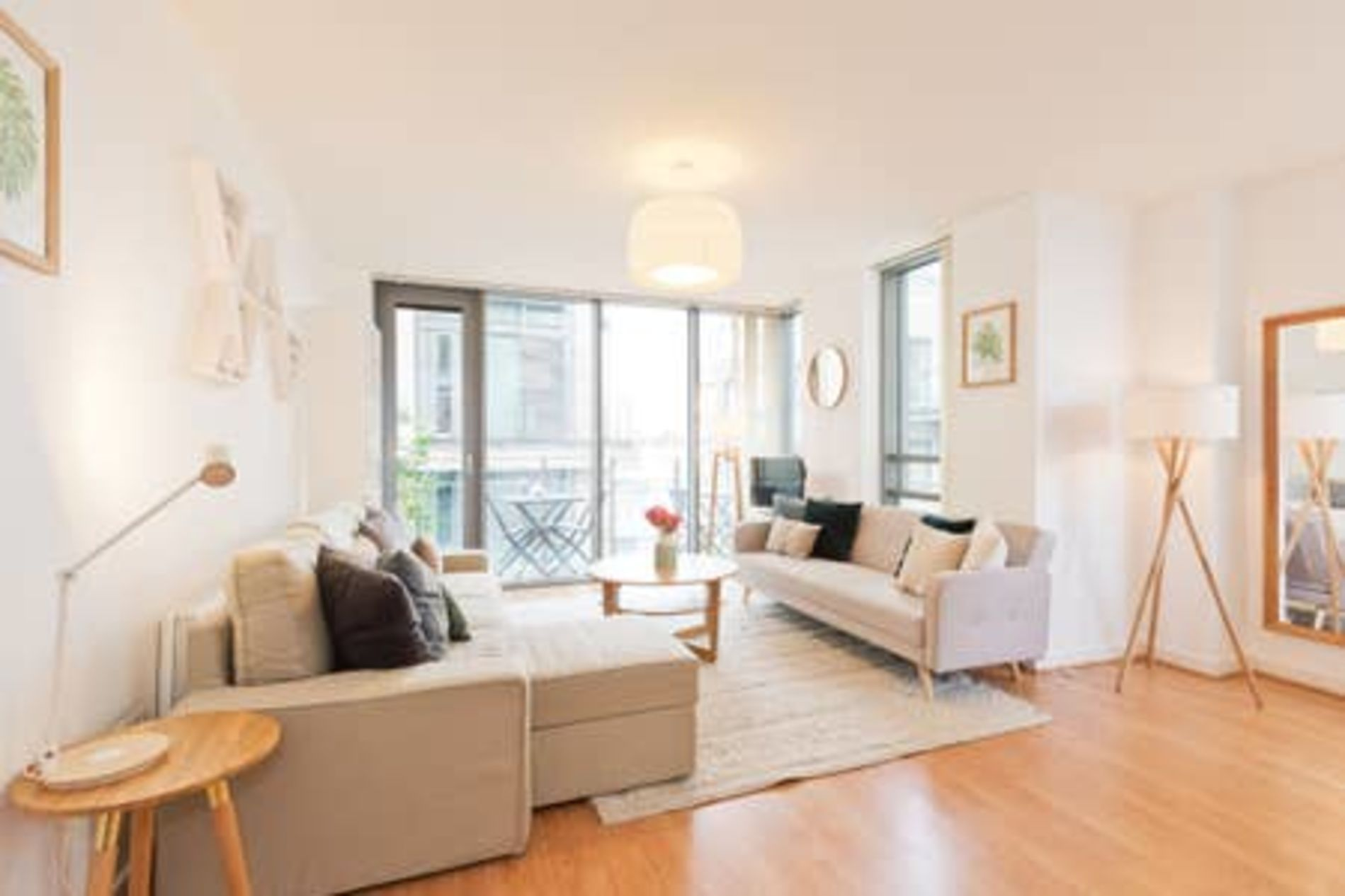 Luxurious serviced apartment in central Dublin location
