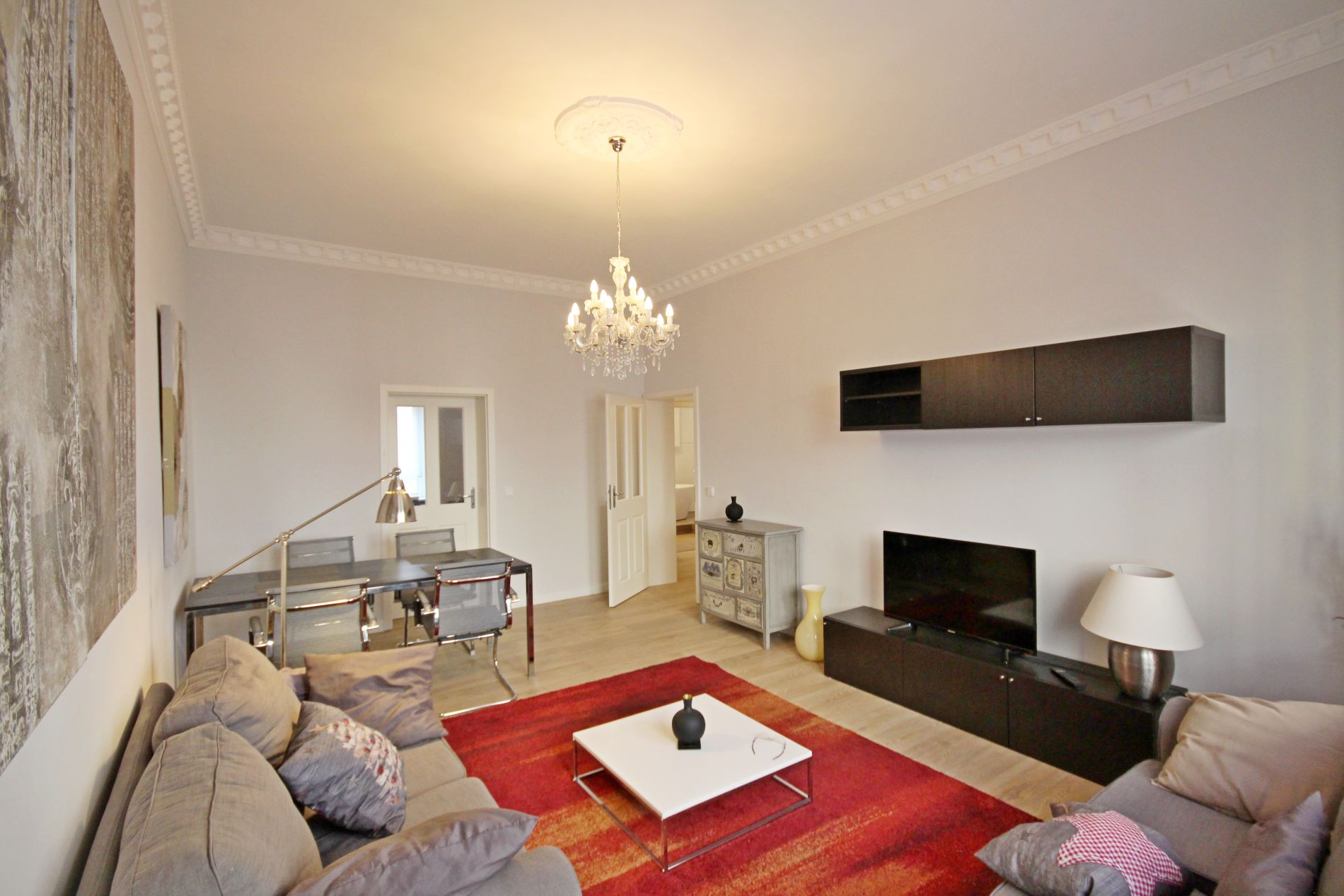Serviced apartment in Sachsenhausen, Frankfurt suitable for families with children