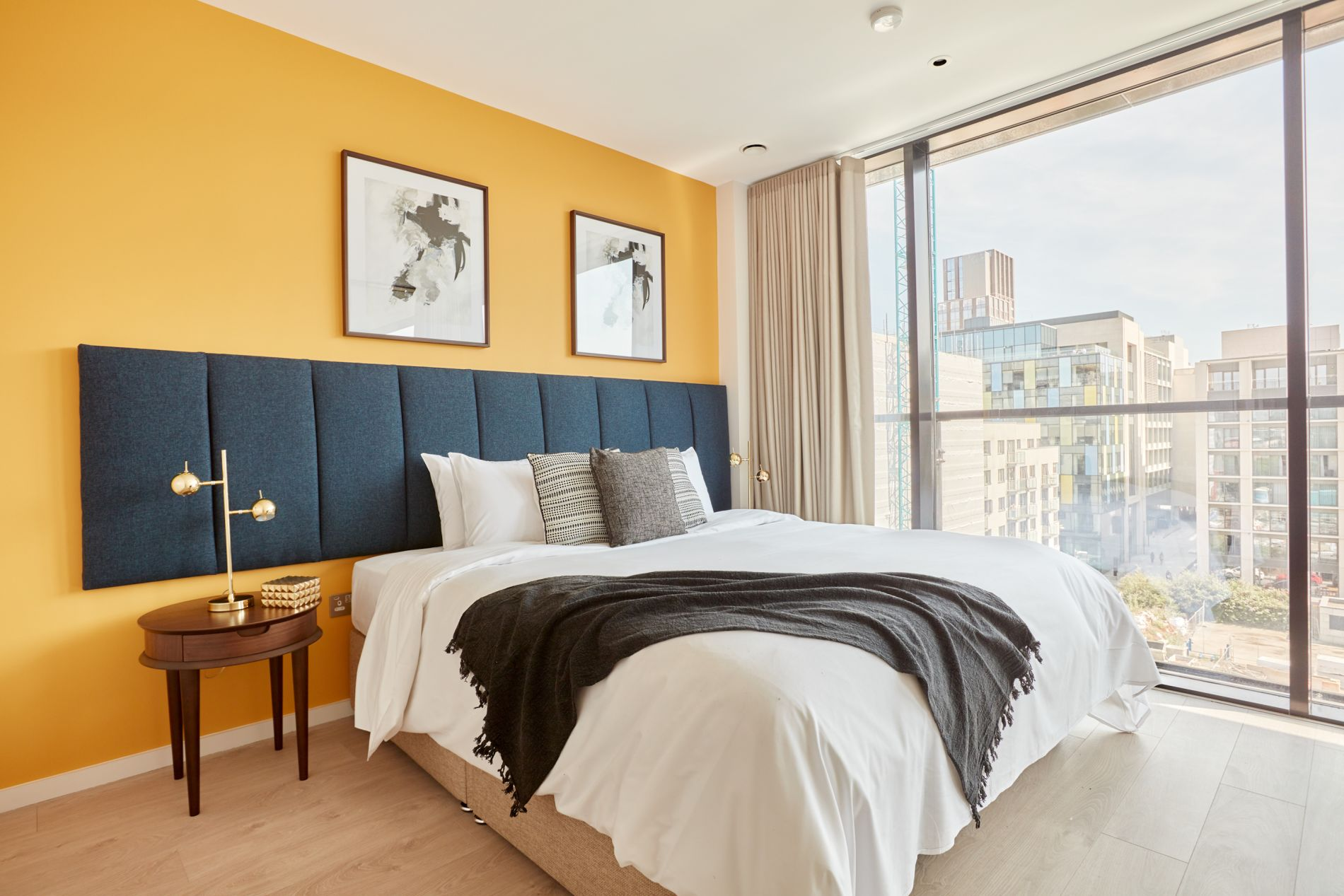 2 bedroom serviced apartment in Dublin with instant booking option