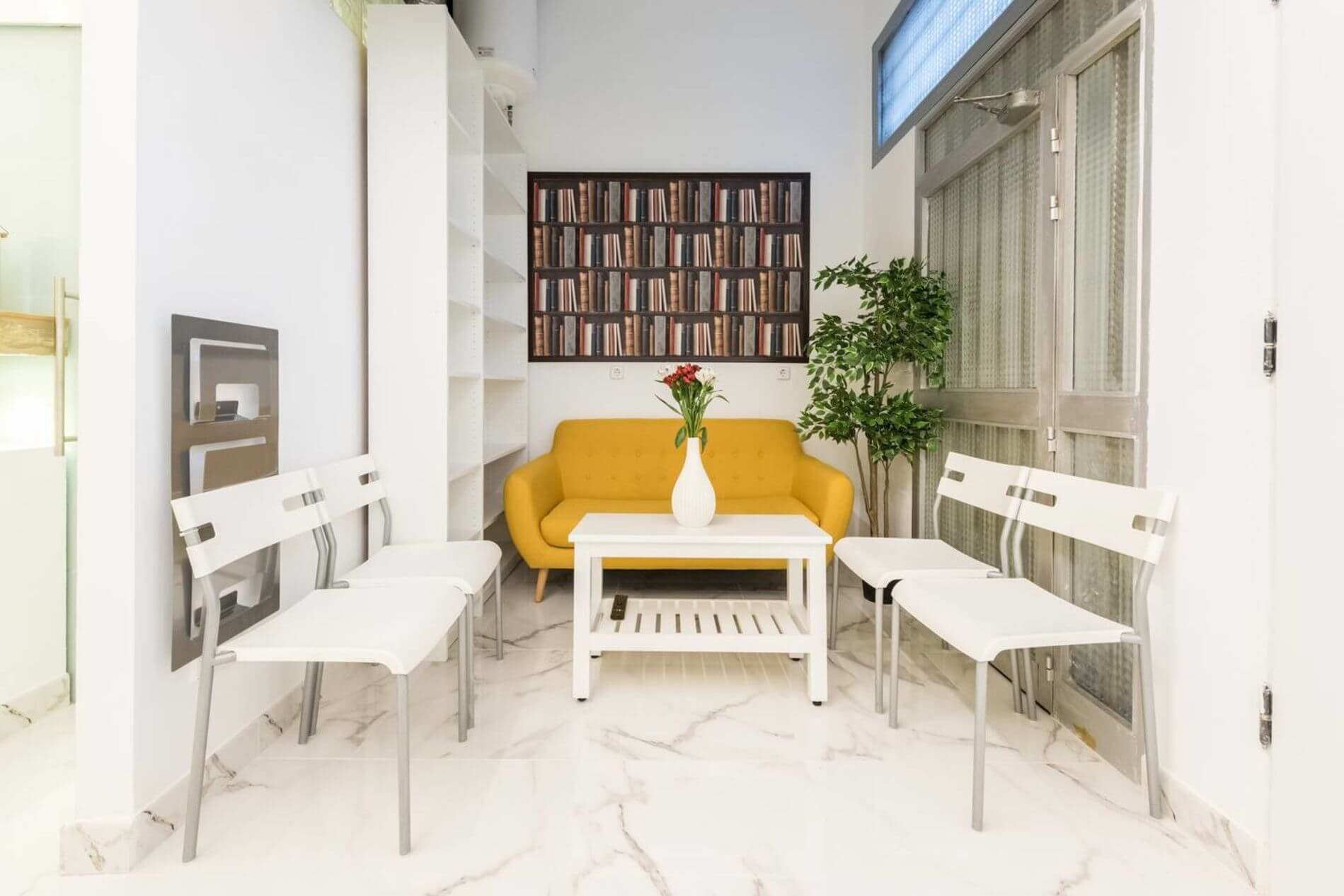 Serviced loft apartment in Madrid with Instant Booking option