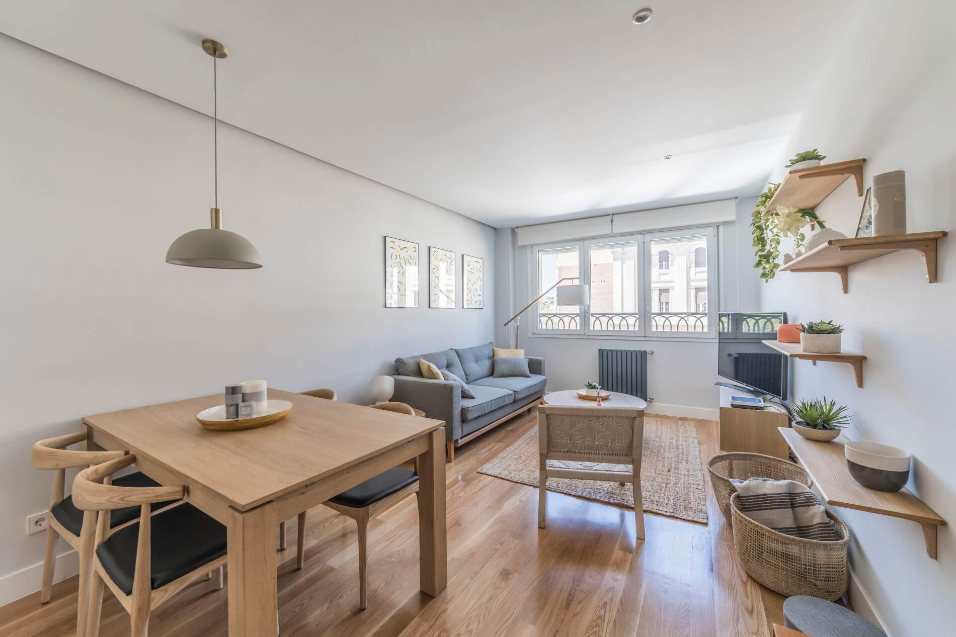 2 bedroom serviced apartment in Madrid for long stays