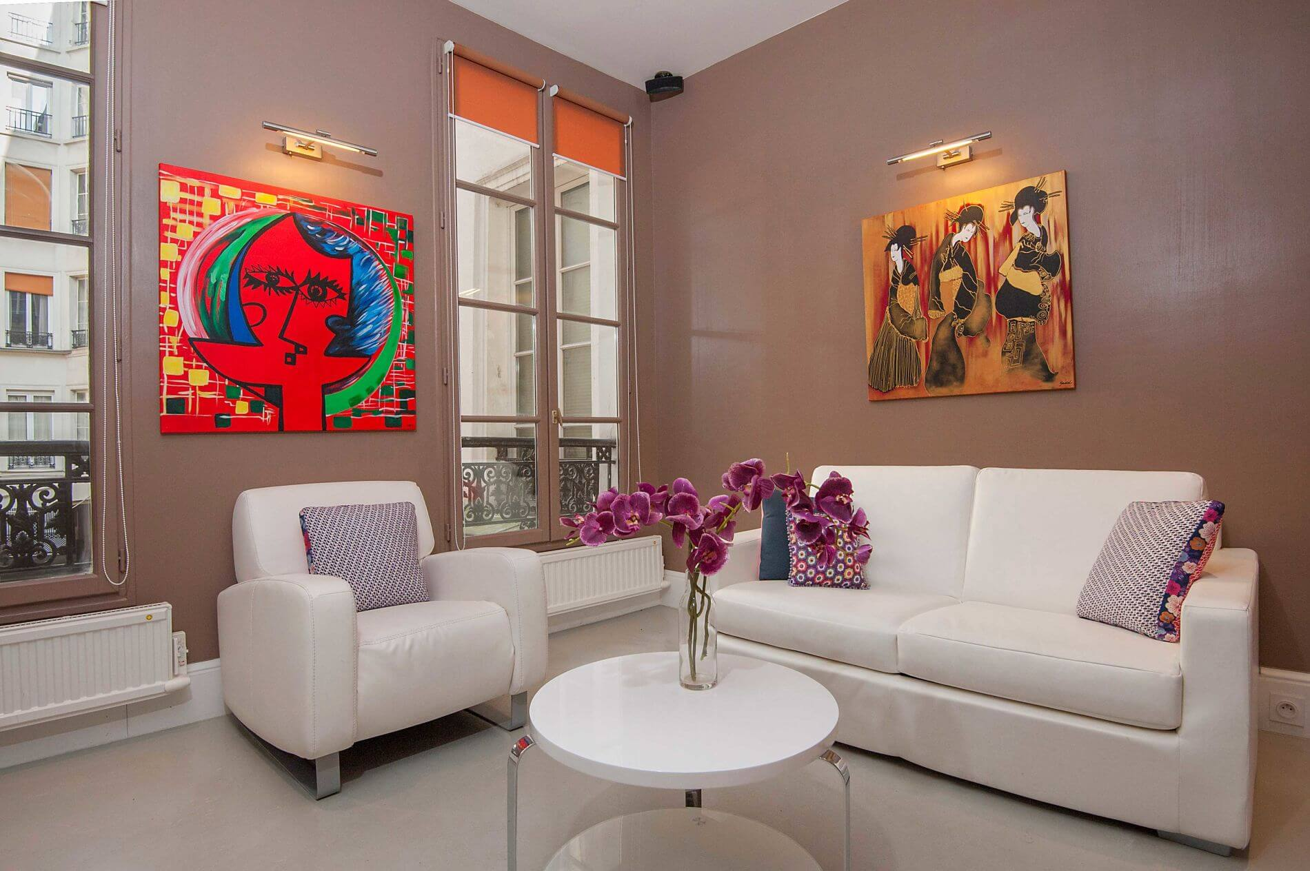 Amazing serviced apartment in Montorgueil Paris for long stays