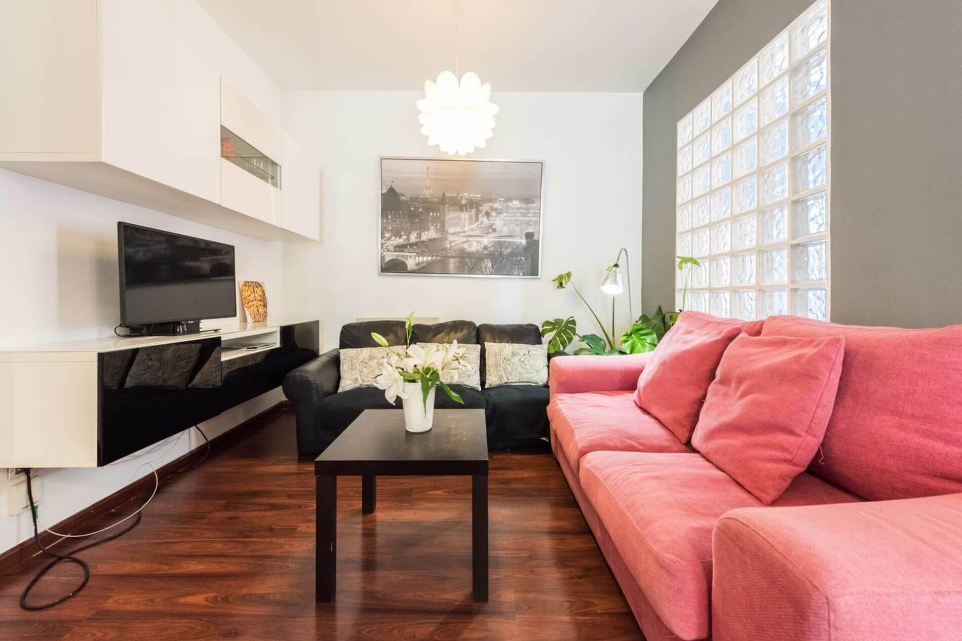 Stylish serviced accommodation in the heart of Madrid that allows pets