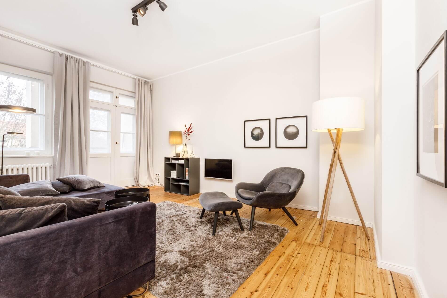 Modern design serviced apartment near Free University Berlin that allos pets
