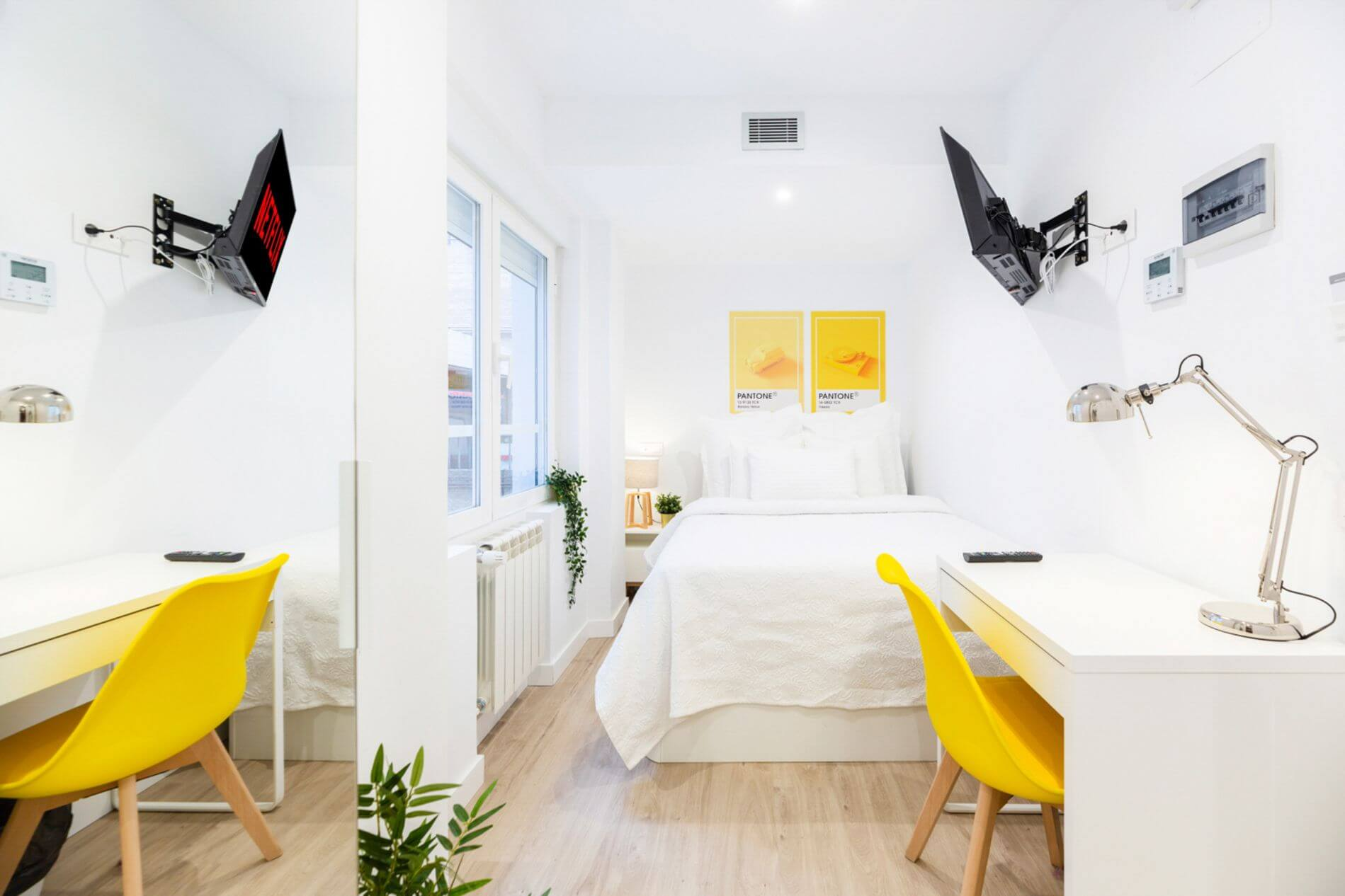 Serviced room in a coliving space in Madrid with gym in the building