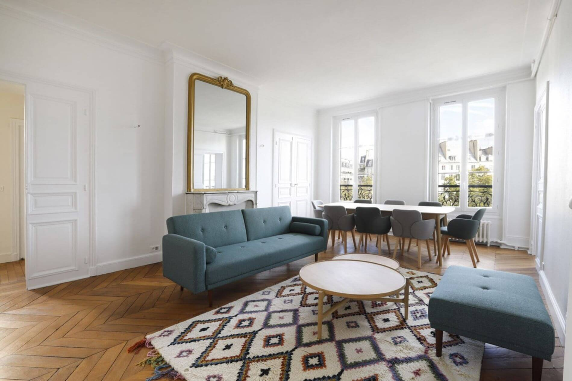Gorgeous serviced apartment for rent in Bastille, Paris with a balcony