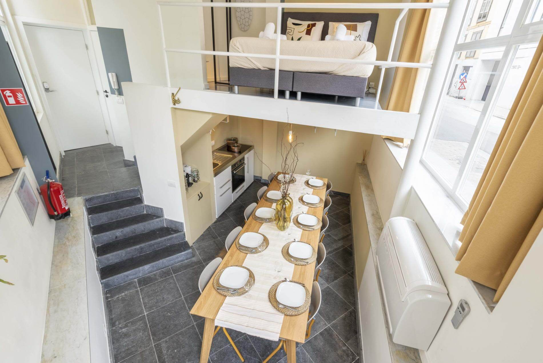 Studio accommodation in Antwerp for up to 2 people