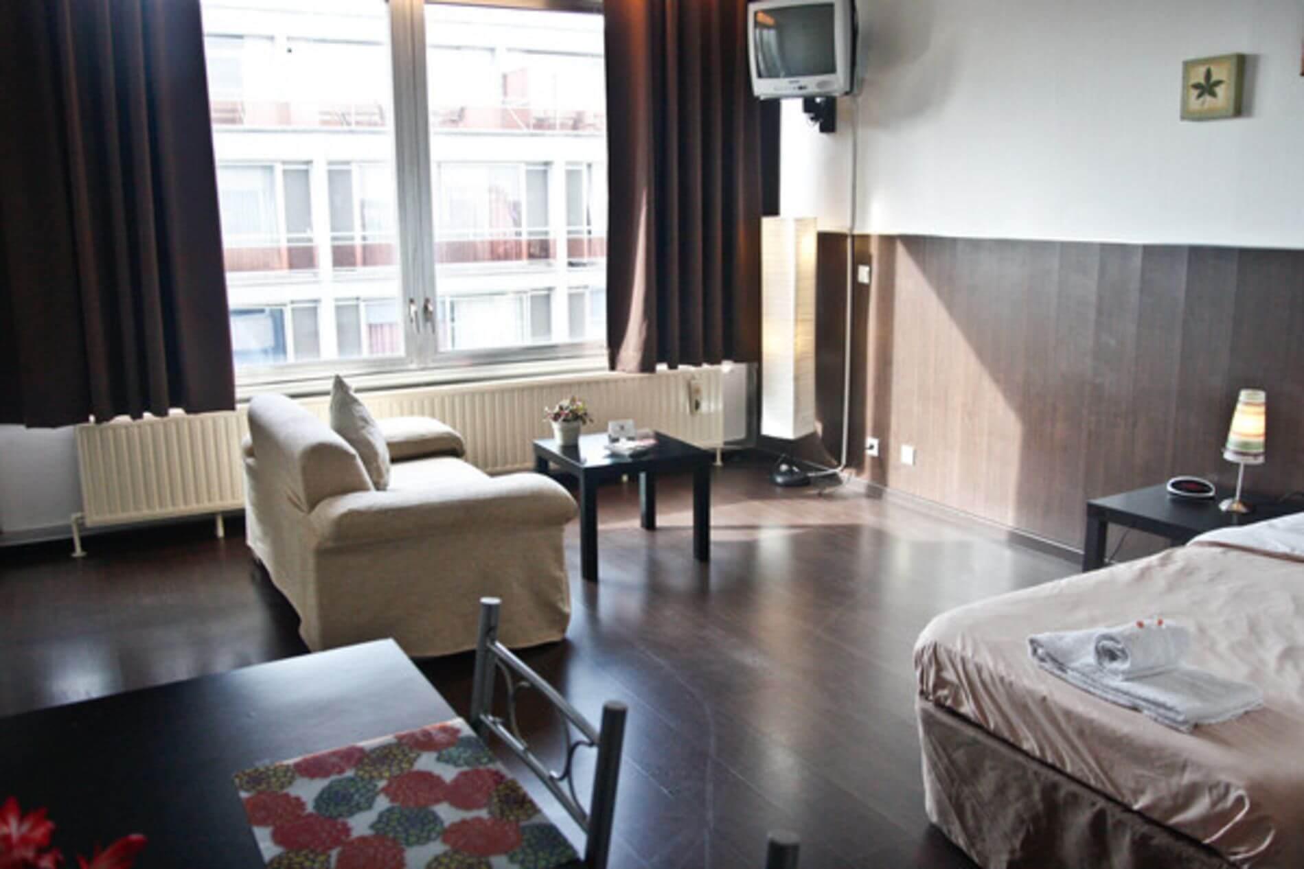 Spacious 1 room studio apartment in Antwerp