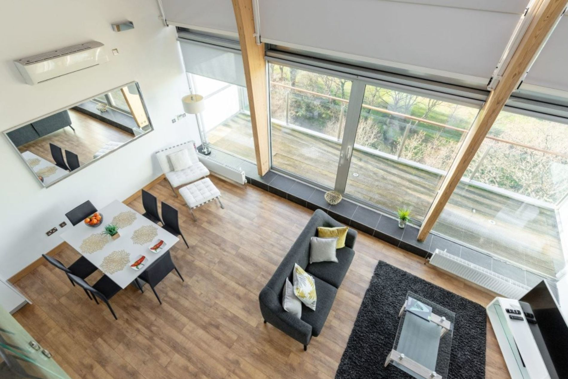 Large penthouse serviced apartment in Dublin
