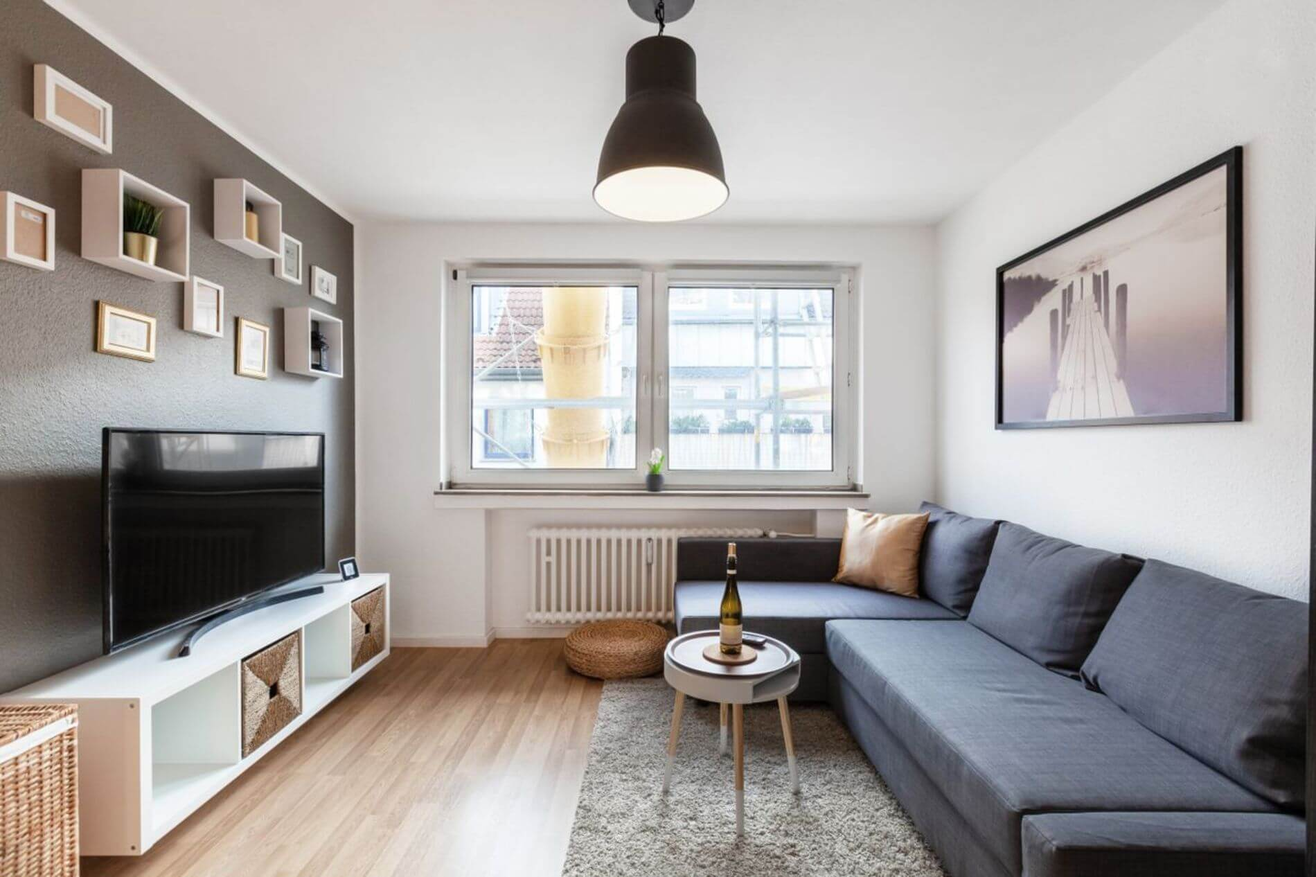 Fully furnished modern 2 bedroom apartment in old town Cologne