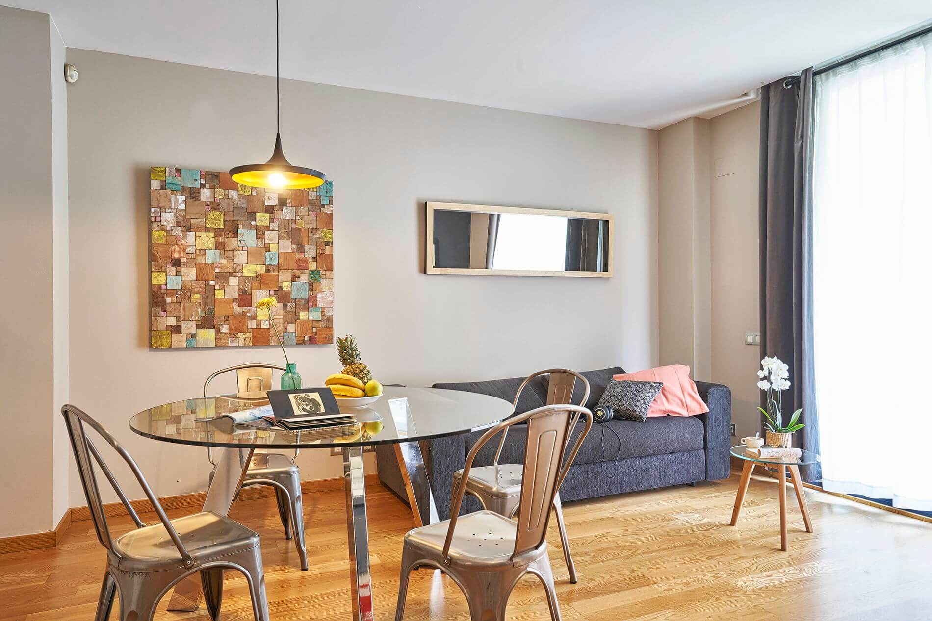 Gorgeous furnished rental flat in Eixample with instant book option