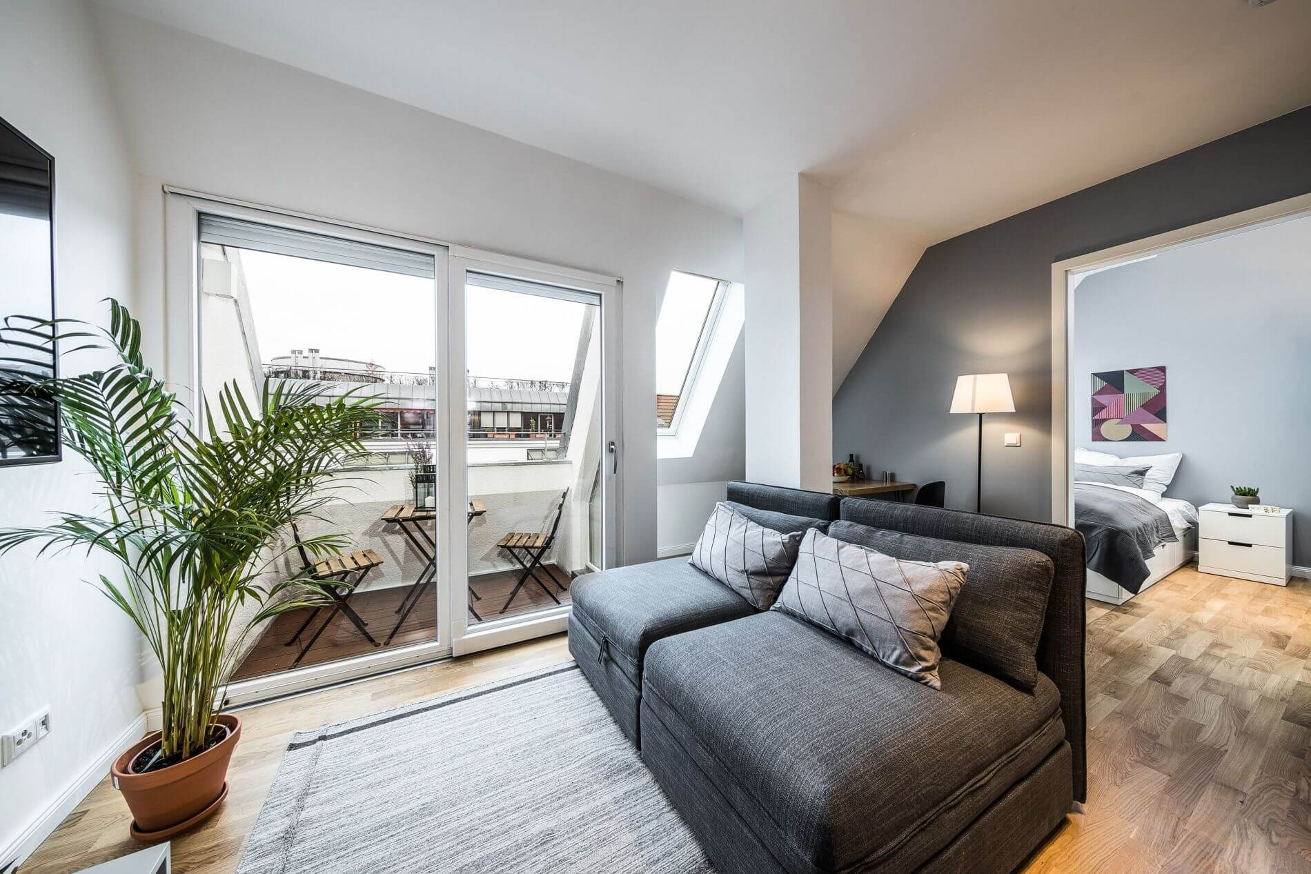 Furnished apartment with balcony for rent in Friedrichshain, Berlin