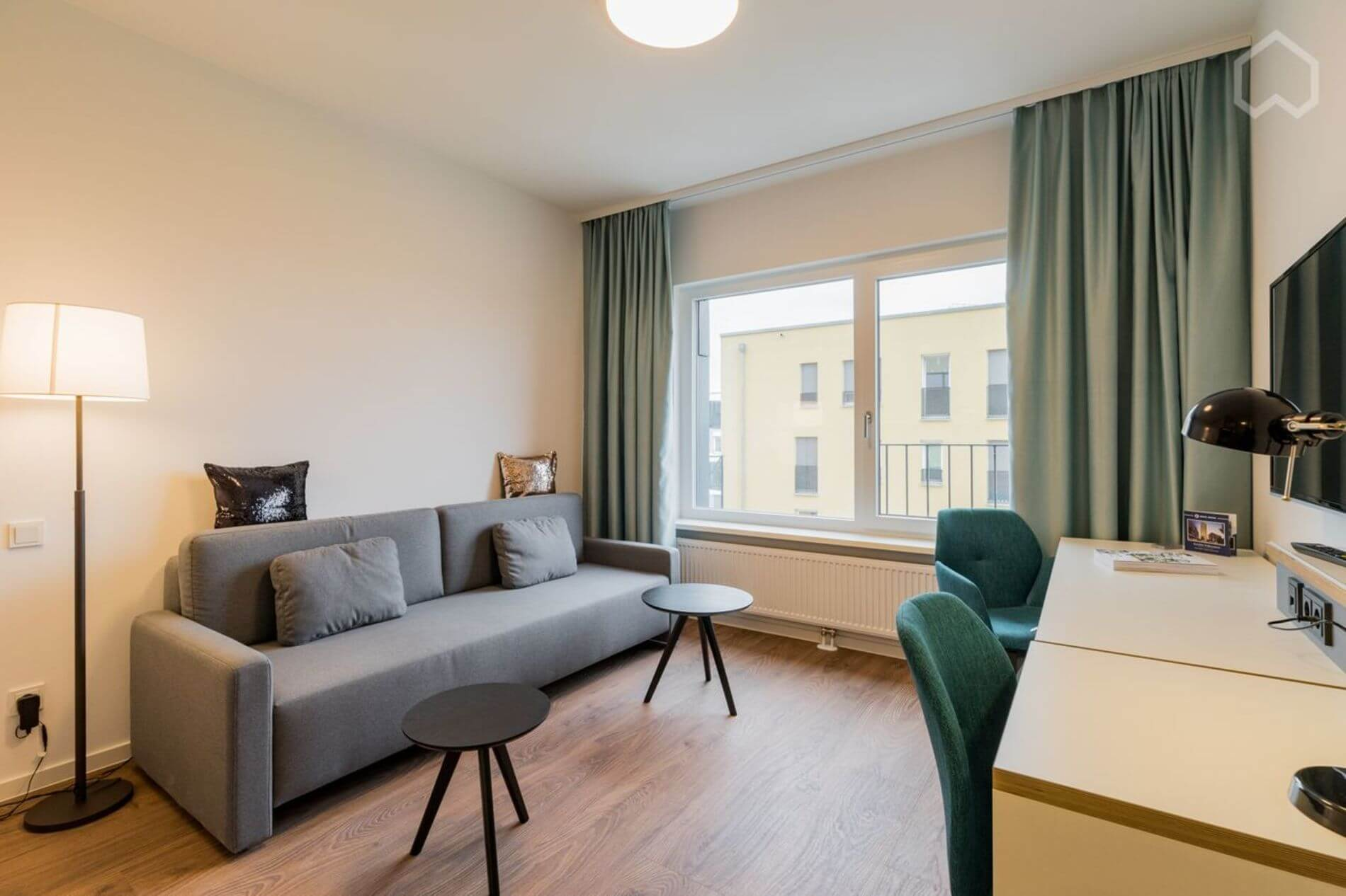Furnished apartment in Berlin with a gym 3