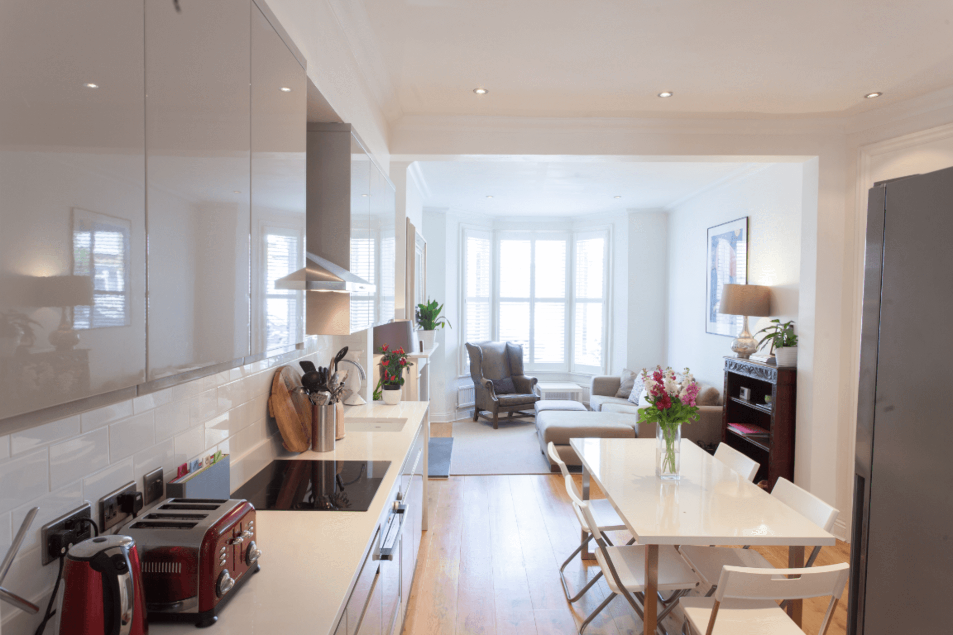 Beautifully furnished apartment with a balcony in a Victorian building in London