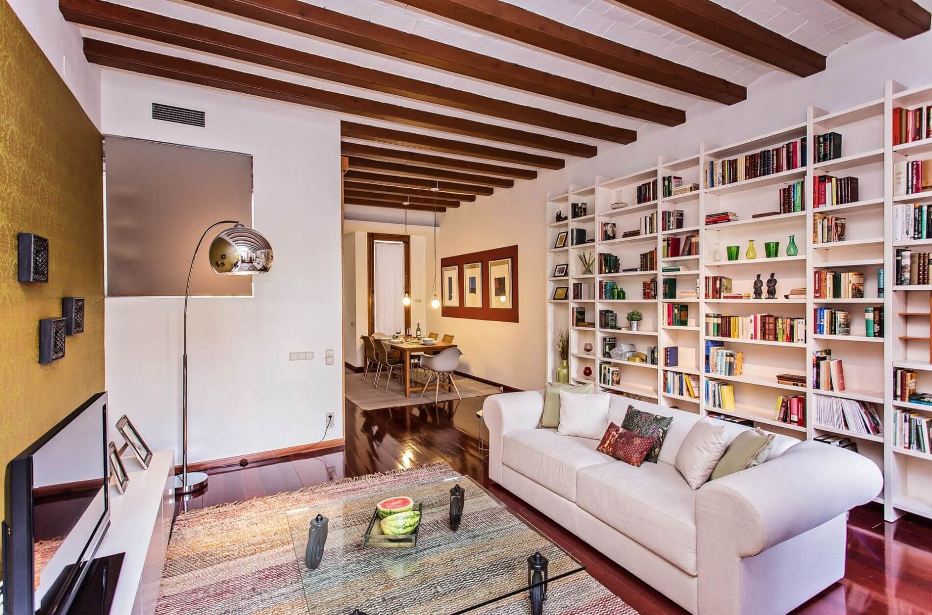 Furnished property in Eixample perfect for families