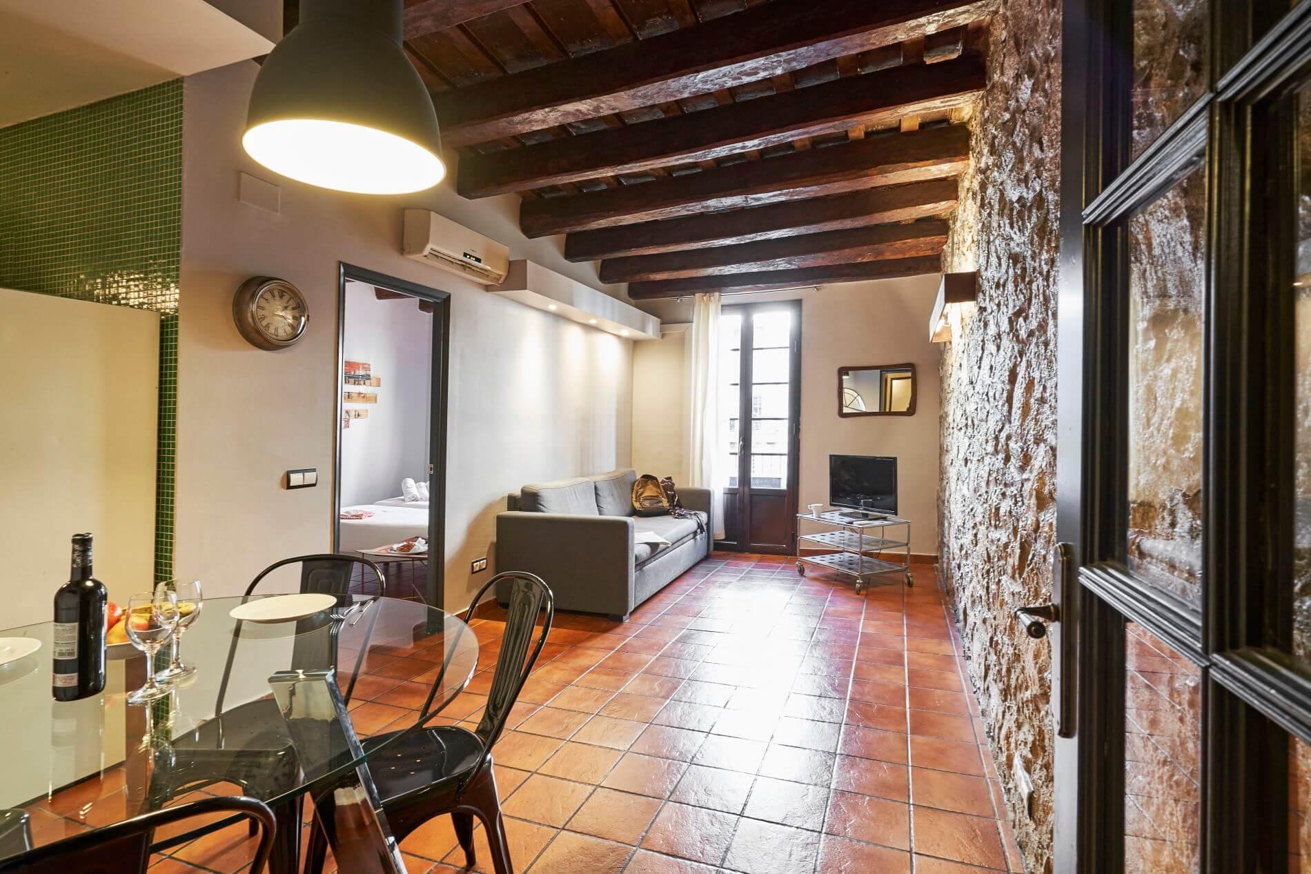 2 bed luxury flat in Barcelona