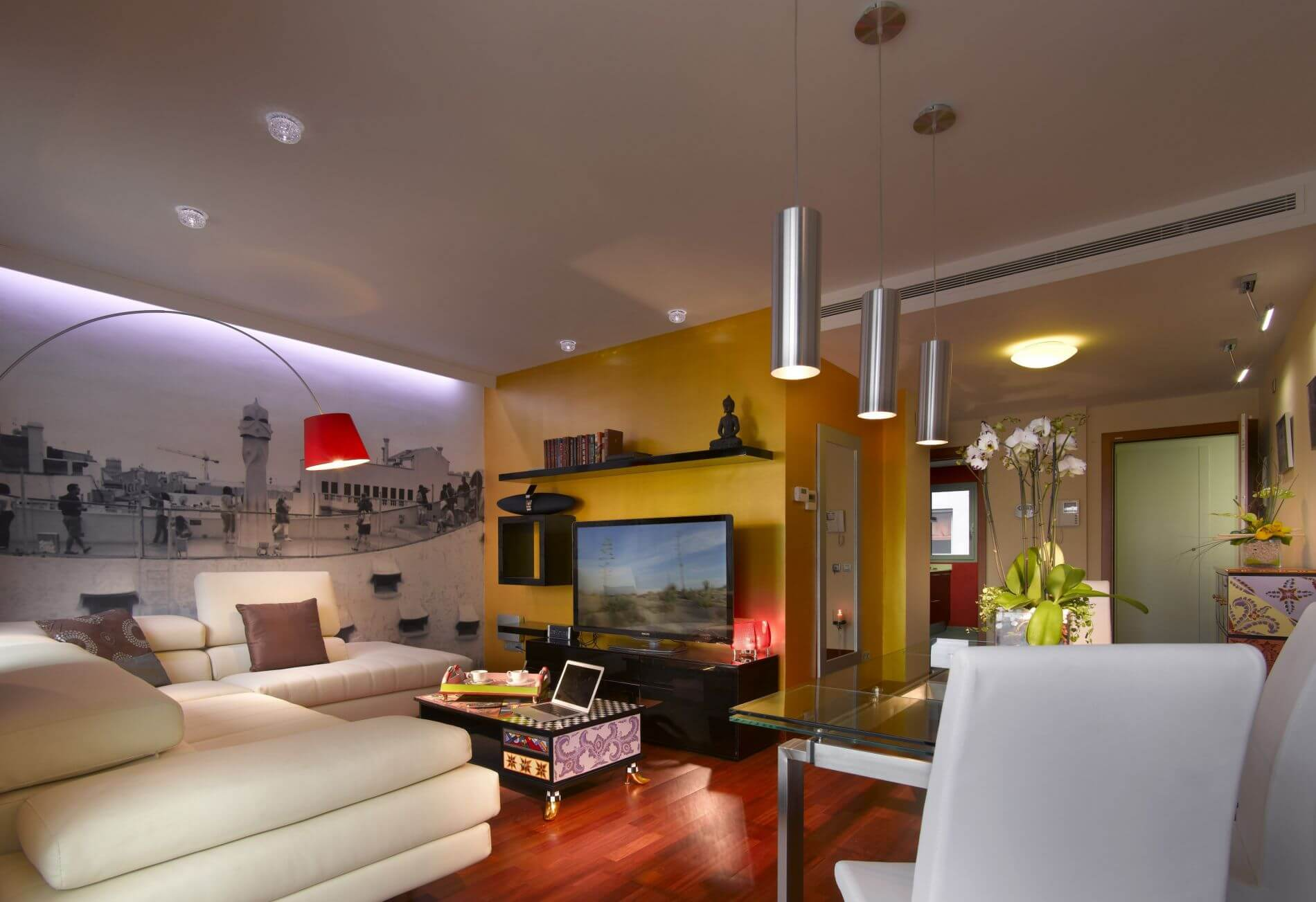 Exclusive furnished residential property in Barcelona that allows pets
