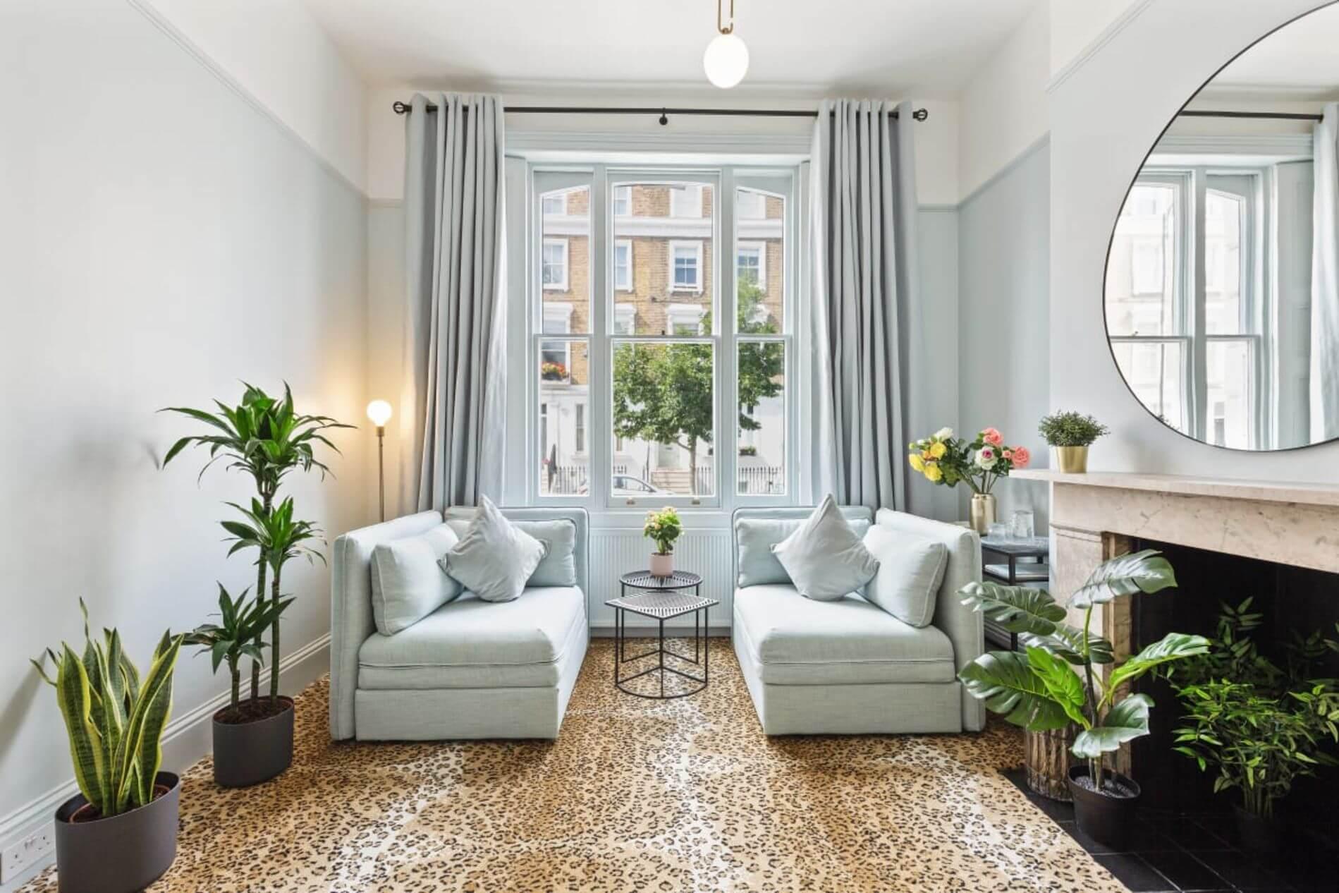 Luxury flat rental in London