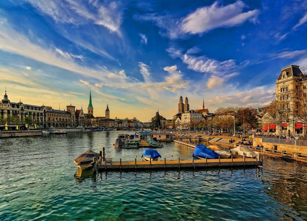 Living in Zurich: Lake Zurich view